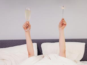 5 razloga zbog kojih biste trebali ranije poći u krevet na novogodišnje veče