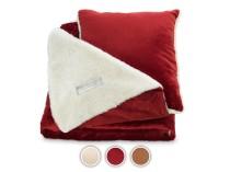 Jastuk i ćebe sa emotivnom porukom Warm Hug