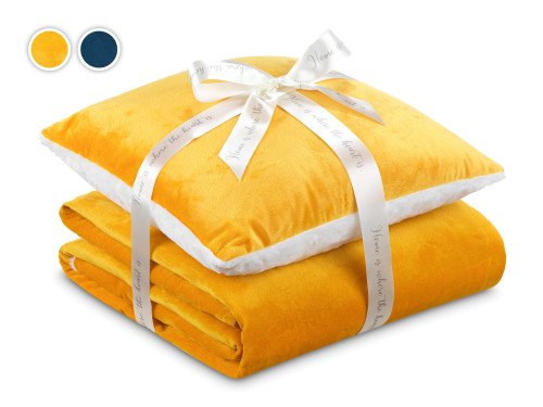 Warm Hug 2020 I set ćebe i jastuk